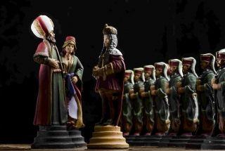 Cínový ručne vyrábaný šach